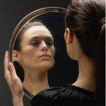 Amarre de amor solo para mujeres con el espejo mágico