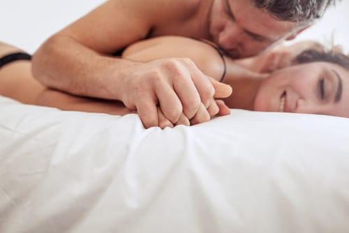 Amarres para que se enamore apasionadamente y siempre te pida sexo