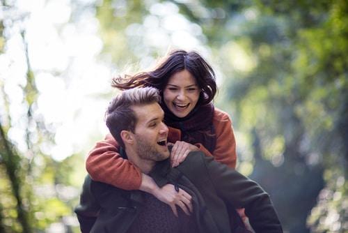 Hechizos para tener siempre enamorada de ti a tu pareja